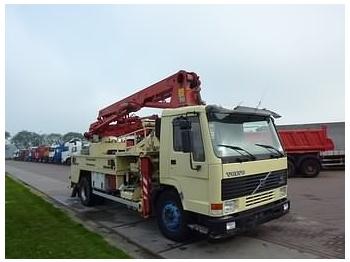 Volvo FL7 PUTZMEISTER - concrete mixer