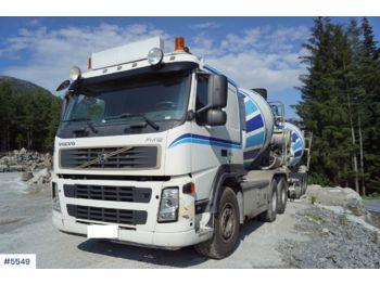 Concrete mixer Volvo FM12