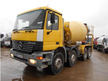 Concrete mixer truck Mercedes Actros 3235