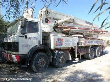 Mercedes 3535 - concrete pump