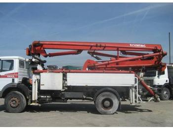 Concrete pump Mercedes SK 1922: picture 1