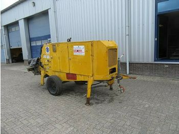 Concrete pump PUTZMEISTER BSA 1005 DTrack mounted concrtete pu