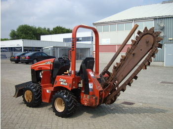 DITCH WITCH RT 40 - construction equipment