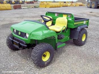 John-Deere GATOR TS - construction equipment