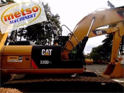CATERPILLAR 320 D2 crawler excavator from China for sale at