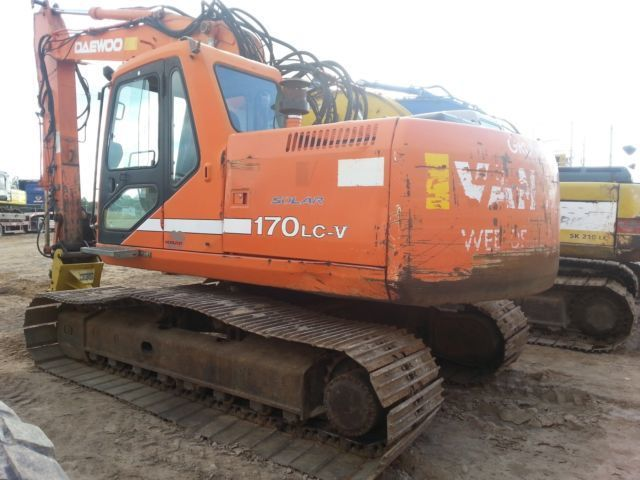 DAEWOO 170 crawler excavator from Lithuania for sale at Truck1, ID