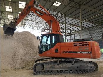 Doosan DX255LC-3 - crawler excavator