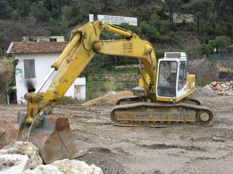 Liebherr 922 Litronic Crawler Excavator From France For