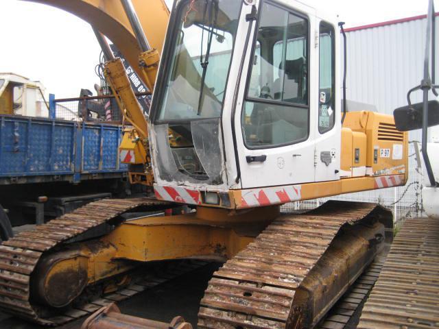 crawler excavator Liebherr R902 HDSL