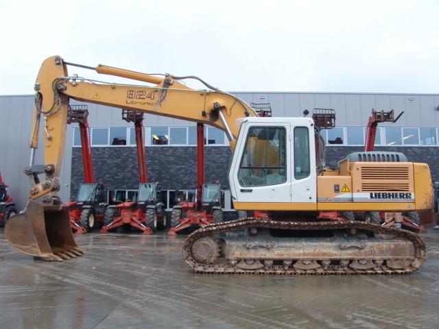 Liebherr R924b Hsdl Crawler Excavator From Netherlands For
