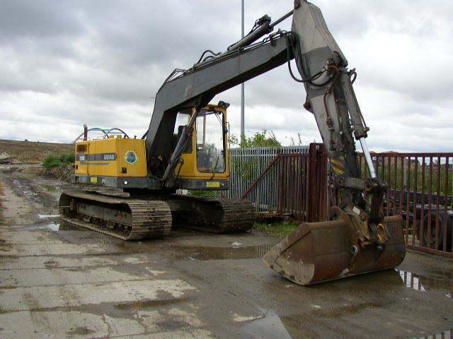 200 Volvo Excavator - Bing images