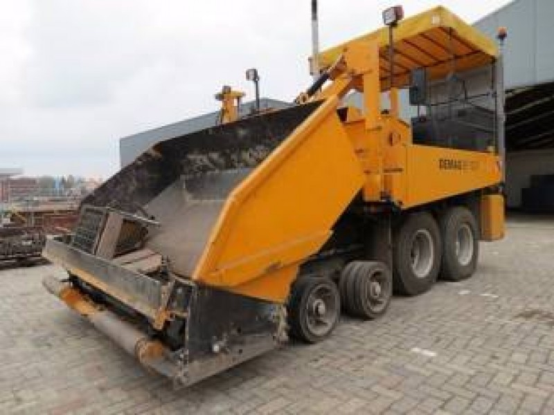 Demag SF120P construction machinery from Netherlands for