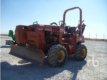 Ditch Witch 3700DD - construction machinery