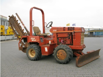 Ditch Witch 3700 DD - construction machinery