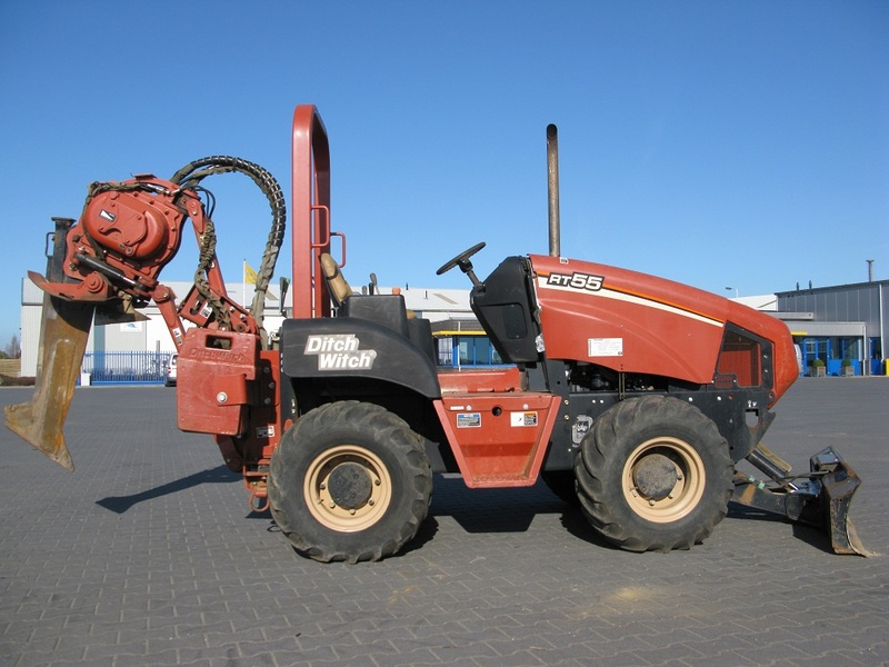 Ditch Witch RT55 Vibratory plow construction machinery from