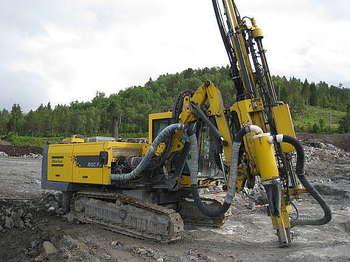 Atlas Roc F7 - drilling machine
