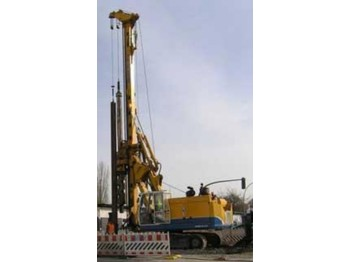 Bauer BG 12H - drilling machine