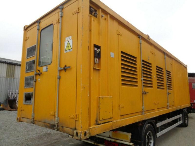 Generator set Perkins Diesel Notstromgenerator 1250 KVA defekt - Truck1 ID:  3547317