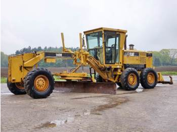 CAT 140H (Ripper/Pushblock)  - grader