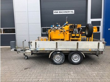 Hofmann Wegmarkering machine - construction machinery