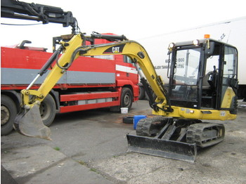 Mini excavator CAT 302.5: picture 1