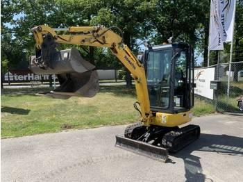 Komatsu PC16R 3HS - mini excavator