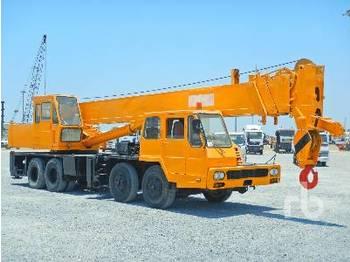 Mobile crane 30 Ton 8x4x4