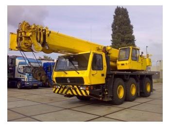 Grove GMK 3050 - mobile crane