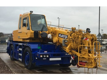 Kato CR200Ri - mobile crane