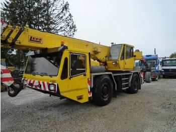 Mobile crane LUNA AT 35/27
