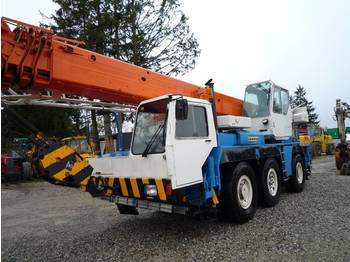 Mobile crane Liebherr LTM 1040