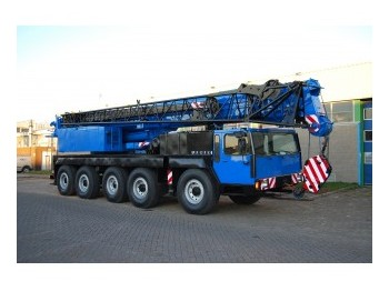 Liebherr LTM 1090 90 tons - mobile crane
