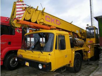 TATRA 815 AD 28  - mobile crane