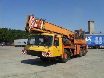 Tatra 815 AD28 6x6 - mobile crane