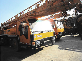 XCMG QY25K - mobile crane