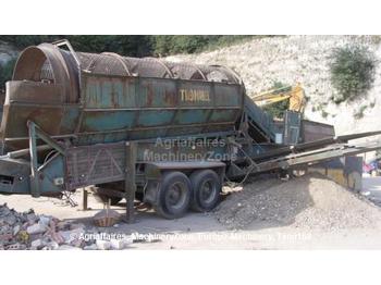 Powerscreen 620 - construction machinery