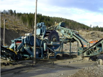 Powerscreen Fines master 120 - construction machinery