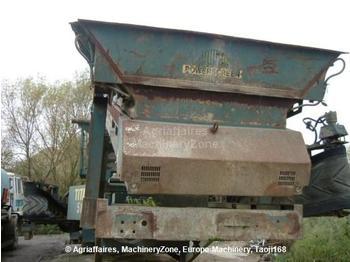 Powerscreen Titan 516 - construction machinery