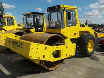 Bomag BW216D-4 - rammer