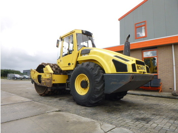 Road roller BOMAG BW213PDH-4