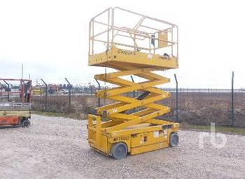 Scissor lift HAULOTTE COMPACT 10 Electric