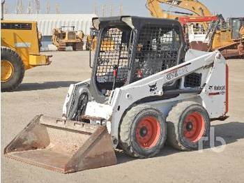 BOBCAT S450 - skid steer loader