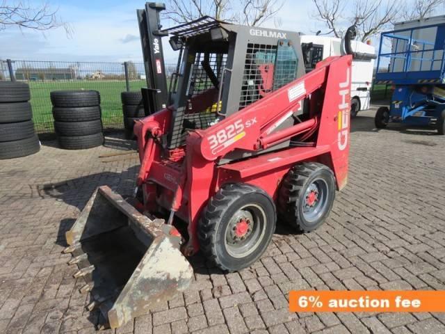 Skid steer loader Gehl 3825 SX - Truck1 ID: 2936327