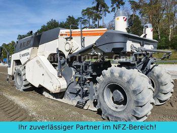 Soil stabilizer Wirtgen WR 250 Kalkfräse Bindemittelmisch Bodenstabilis.