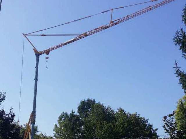 Tower crane Potain - Truck1 ID: 2131650