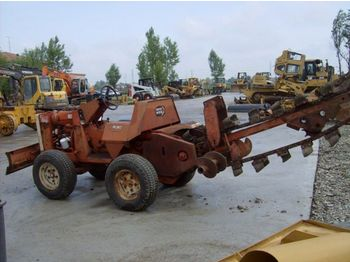 DITCH-WITCH R 30 4 wheel drive trencher - trencher