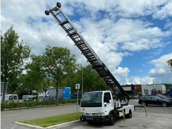 Truck mounted aerial platform Nissan CABSTAR 35.13 + VERHUISLIFT BÖCKER 33 METER