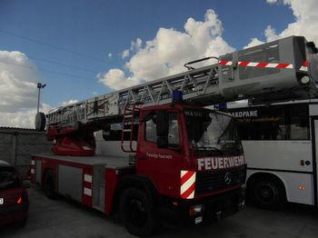 Truck with aerial platform MERCEDES-BENZ 1524 - 30 m