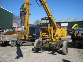 Wheel excavator KUBECO getrokkenkraan