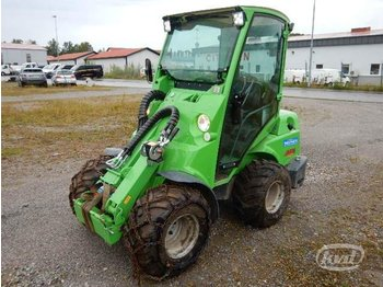 Avant 640 Compact loader with cab - wheel loader